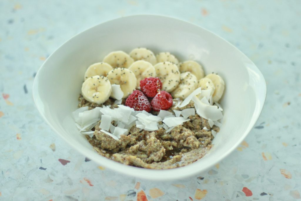 Recipe: Sweet Honey Flax Breakfast Bowl